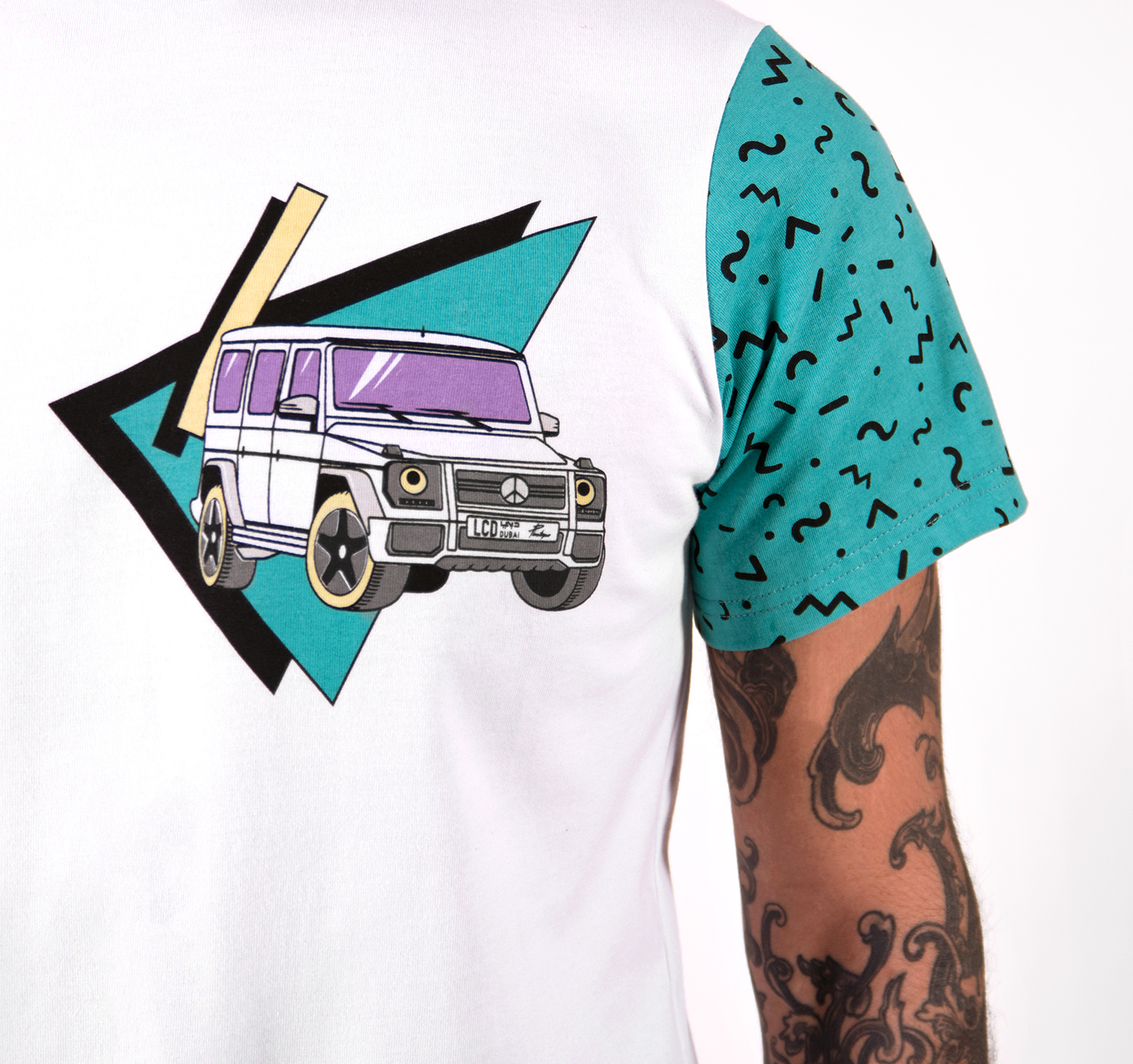 Jumeirah Cruising T-shirt by La Come Di