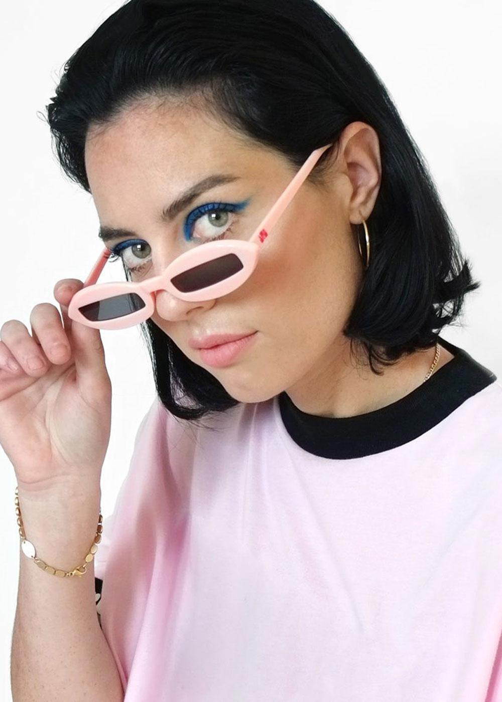 glassespink1-1100×1100..