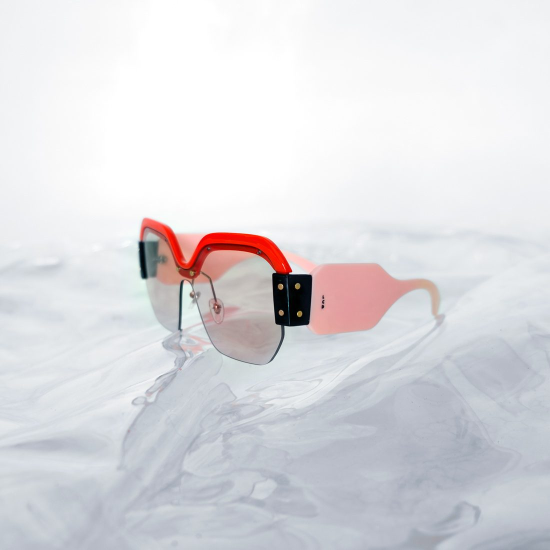 LCDglasses_pink3